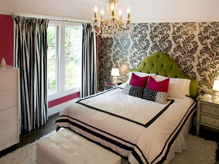 jugendzimmer für mädchen schlafzimmerbank gardinen streifenmuster grünes bettkopfteil