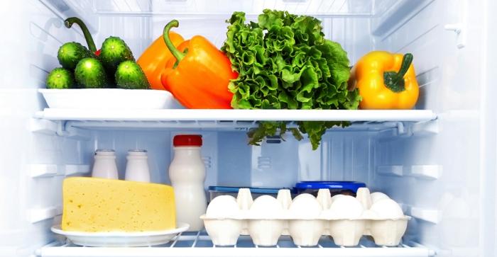 küche gestalten idee küchenmöbel kühlschränke obst und milchprodukte