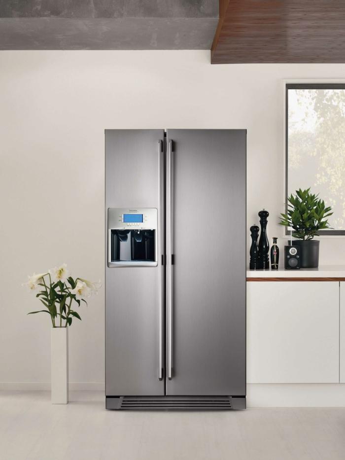 küche gestalten ideen küchenmöbel kühlschränke Electrolux
