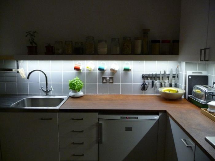 küchenbeleuchtung ideen unterschrankleuchten led beleuchtung