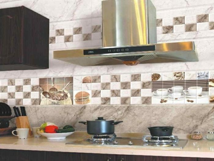 Küchenfliesen machen das Interieur lebendig