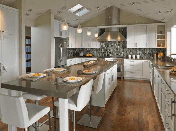 kücheninsel küche mit kochinsel und essbereich