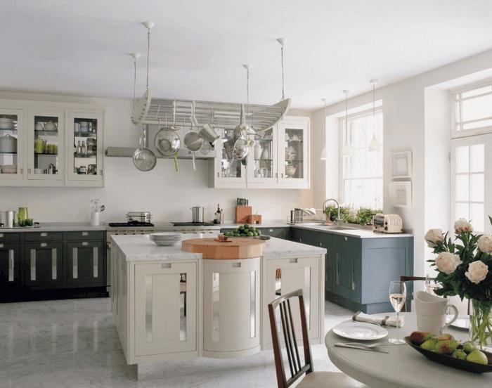 kücheninsel mit arbeitsfläche und moderne kochinsel