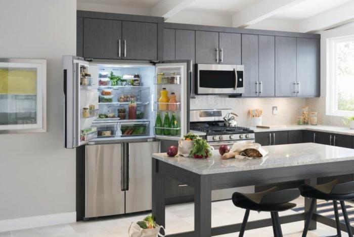 küchenmöbel große kühlschränke mit gefrierfach modelle