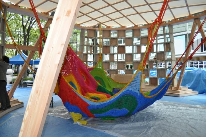 kinderspielplatz aus strickwaren gestalten