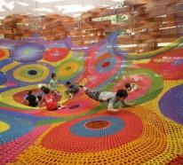 """""""Woods of Net"""" – ein Kinderspielplatz aus Strickwaren"""