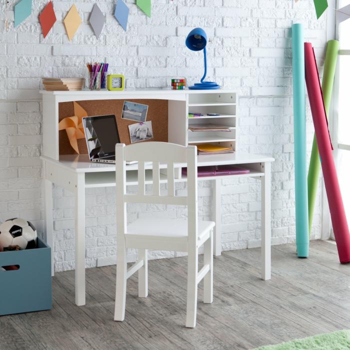 kinderzimmer ideen m gliche bodenbel ge f rs kinderzimmer. Black Bedroom Furniture Sets. Home Design Ideas