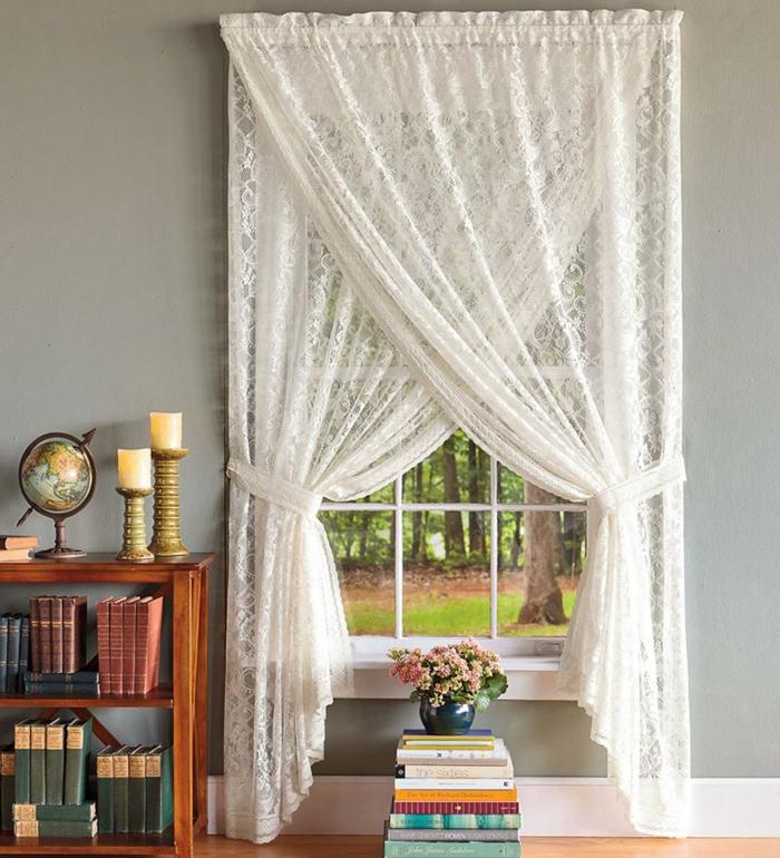 landhausstil gardinen spitze weiß wohnzimmer