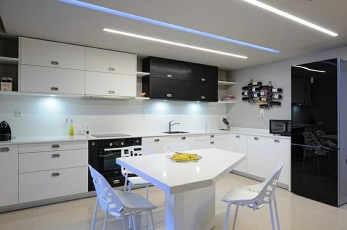 led küchenbeleuchtung led leisten schwarze akzente