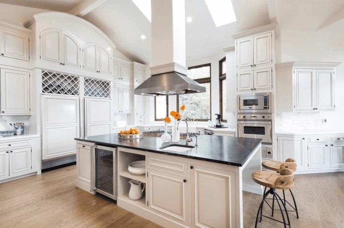 moderne küche mit kochinsel kücheneinrichtung