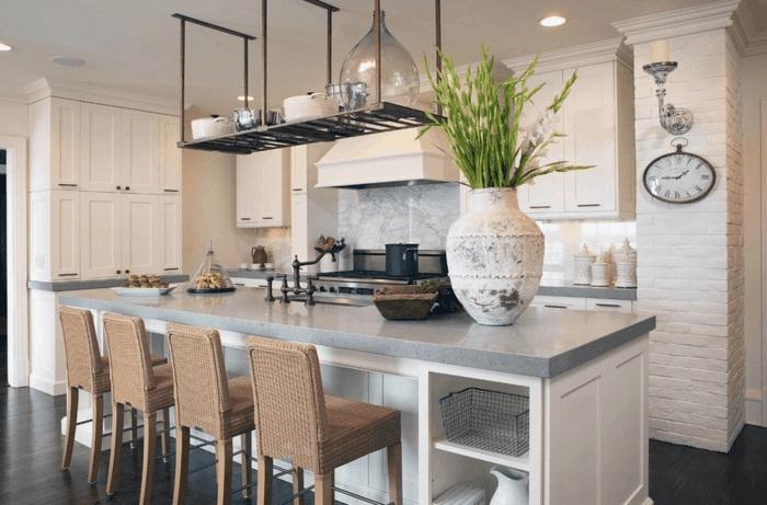 moderne küche mit kochinsel praktische kücheneinrichtung