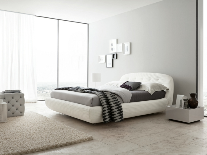 modernes schlafzimmer mit charmanten bettideen. Black Bedroom Furniture Sets. Home Design Ideas