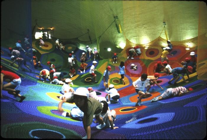 nachhaltige materialien garn kinderspielplatz aus strickwaren