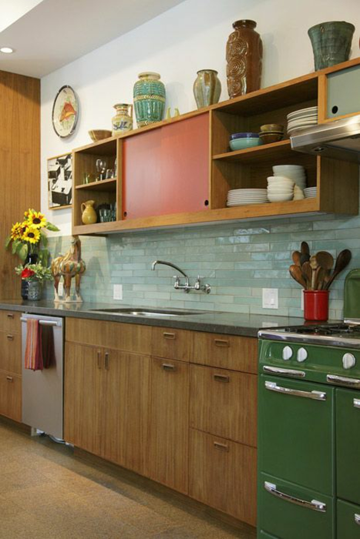 neue küchenfronten aus holz retro stil