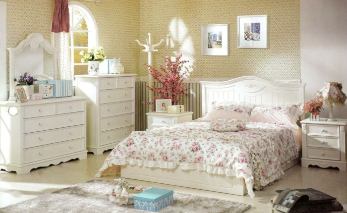 schlafzimmer tapeten ideen wie wandtapeten den schlafzimmer look beeinflussen. Black Bedroom Furniture Sets. Home Design Ideas