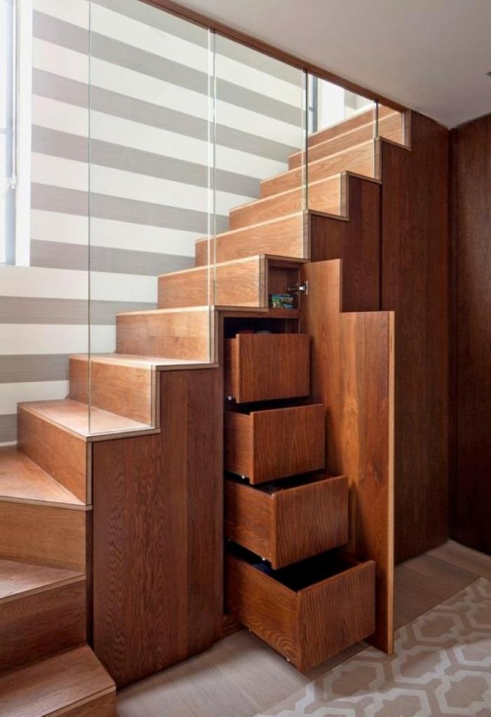 schrank unter treppe und andere l sungen wie sie f r mehr stauraum. Black Bedroom Furniture Sets. Home Design Ideas