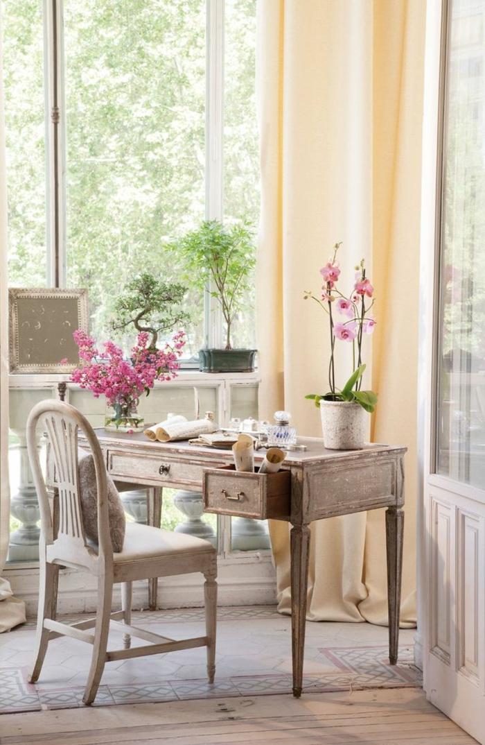 shabby chic wohnzimmer ideen antike möbel vintage stuhl schreibtisch