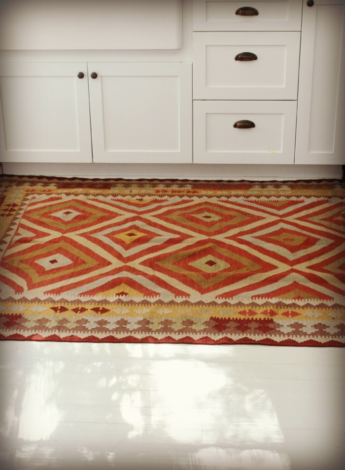 teppich design teppichläufer küche frisches muster weißer boden