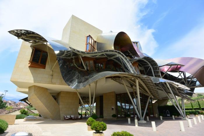 Moderne Traumhauser Besitzen Einige Der Beruhmtesten Weinkeller