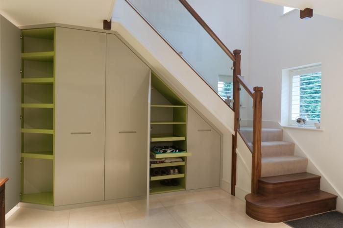 schrank unter treppe und andere l sungen wie sie f r mehr. Black Bedroom Furniture Sets. Home Design Ideas
