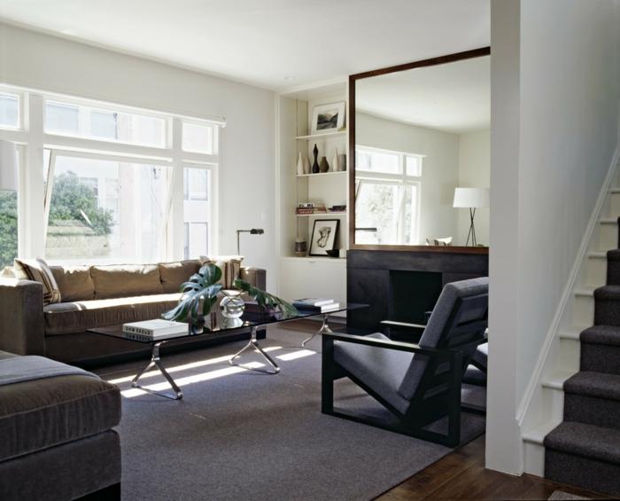 treppenteppich wohnzimmerteppich pflanze weiße wandfarbe
