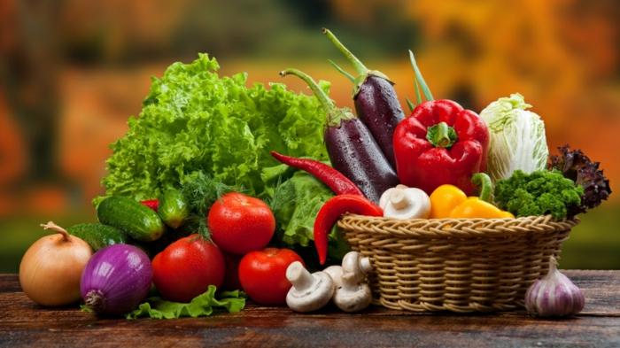 veganes essen obst gemüse frisch vitamine mineralien