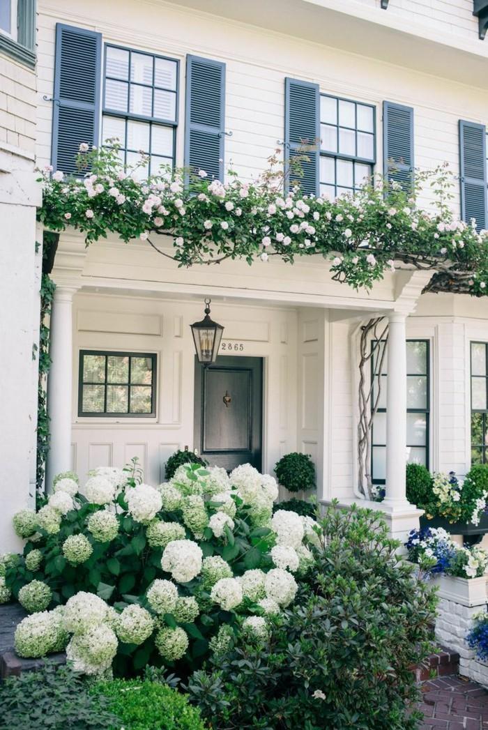 vorgarten gestaltung stilvolle gartenideen für die weiße hausfassade