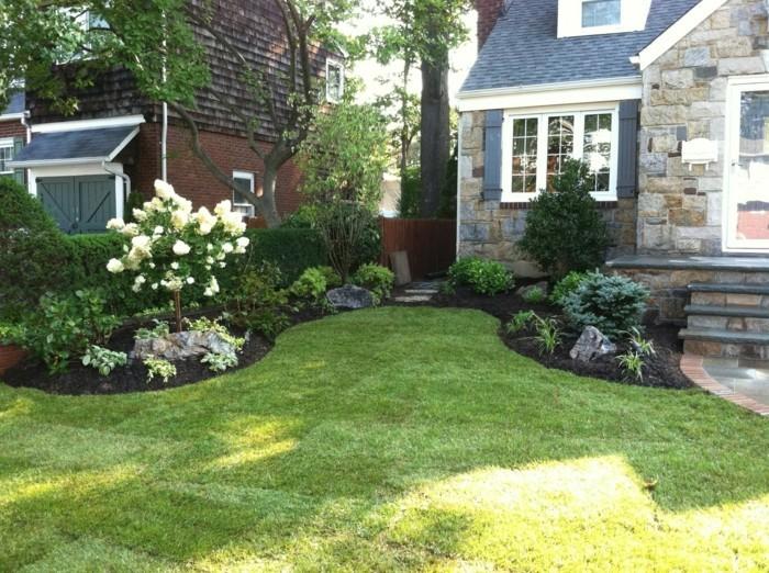 vorgartengestaltung mit viel grün