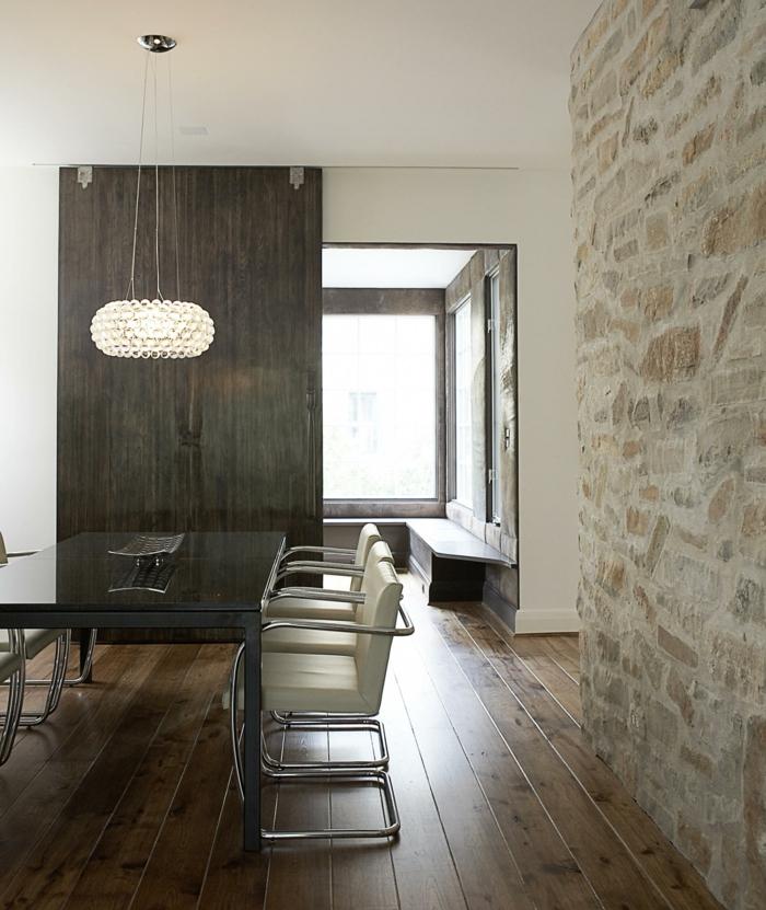 moderne wandgestaltung esszimmer wandgestaltung esszimmer steinwand holzboden moderner leuchter - Esszimmer Wandgestaltung