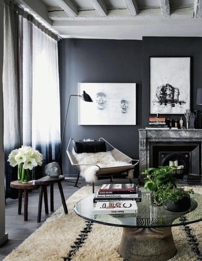 wandgestaltung ideen dunkle schattierungen wohnzimmer runder couchtisch pflanzen