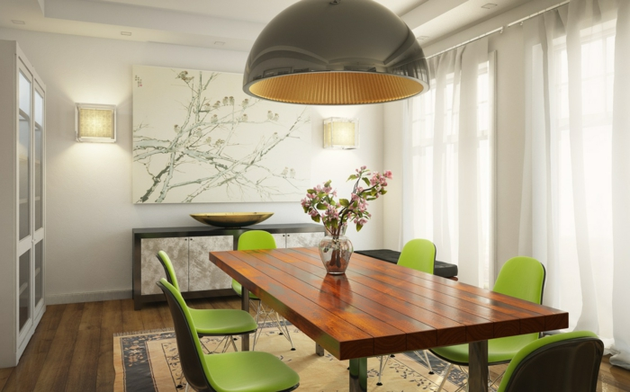 wandgestaltung ideen esszimmer rustikaler esstisch grüne stühle wanndeko