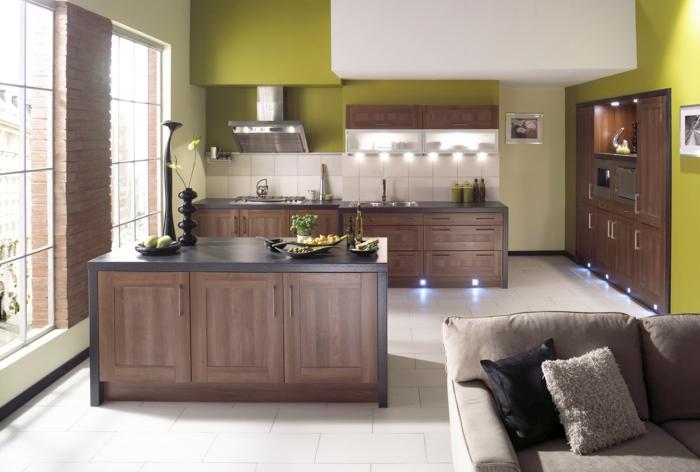 wandgestaltung küche grüne akzente kücheninsel bodenfliesen dekoideen