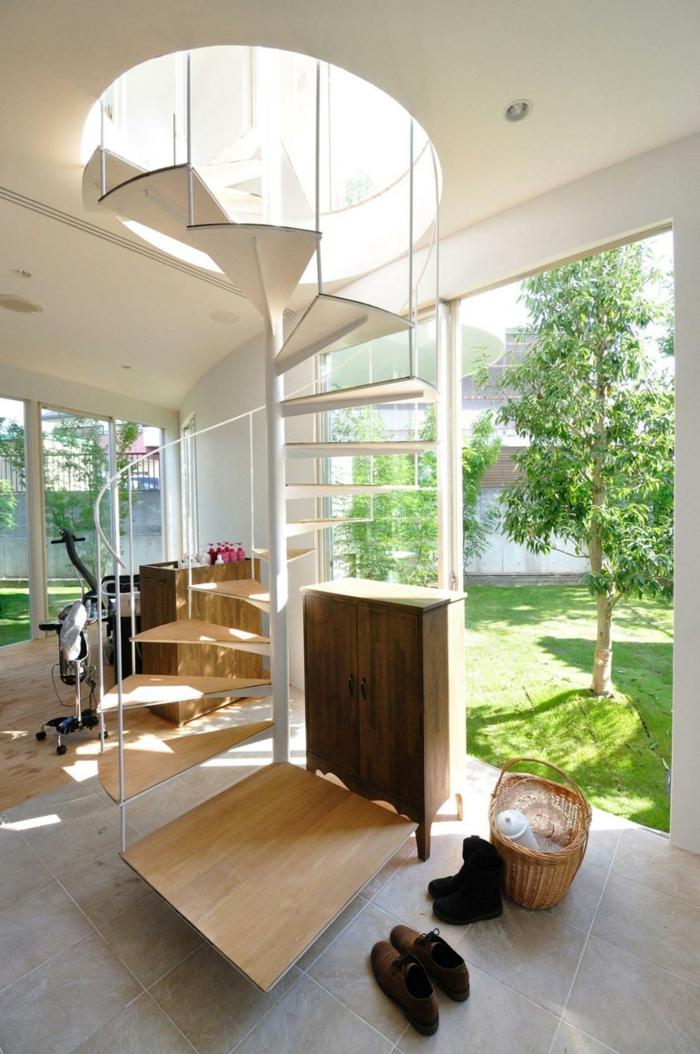 die wendeltreppe geschichte funktionen und designs. Black Bedroom Furniture Sets. Home Design Ideas