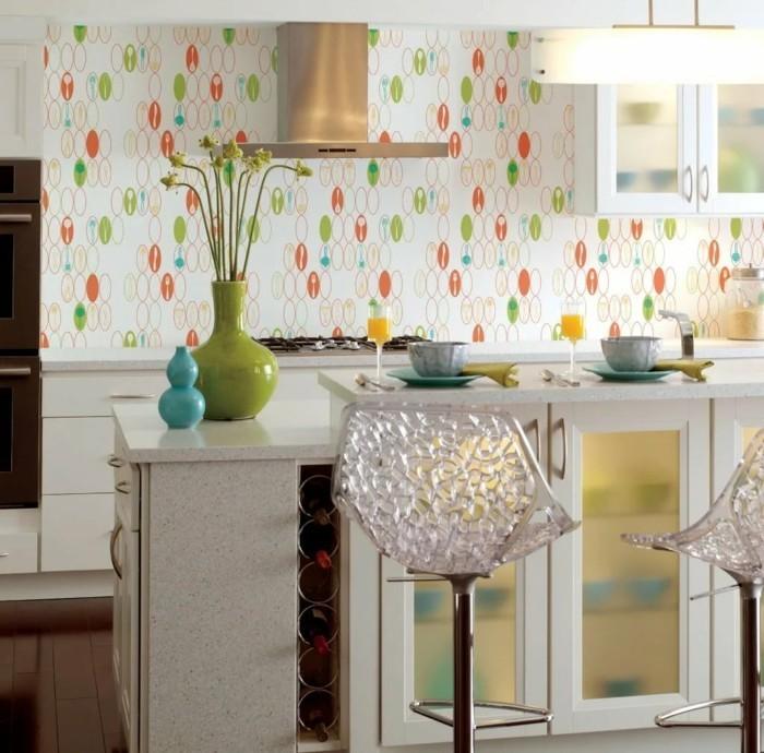 wohnideen küche ausgefallene wandtapete mit farbigem muster