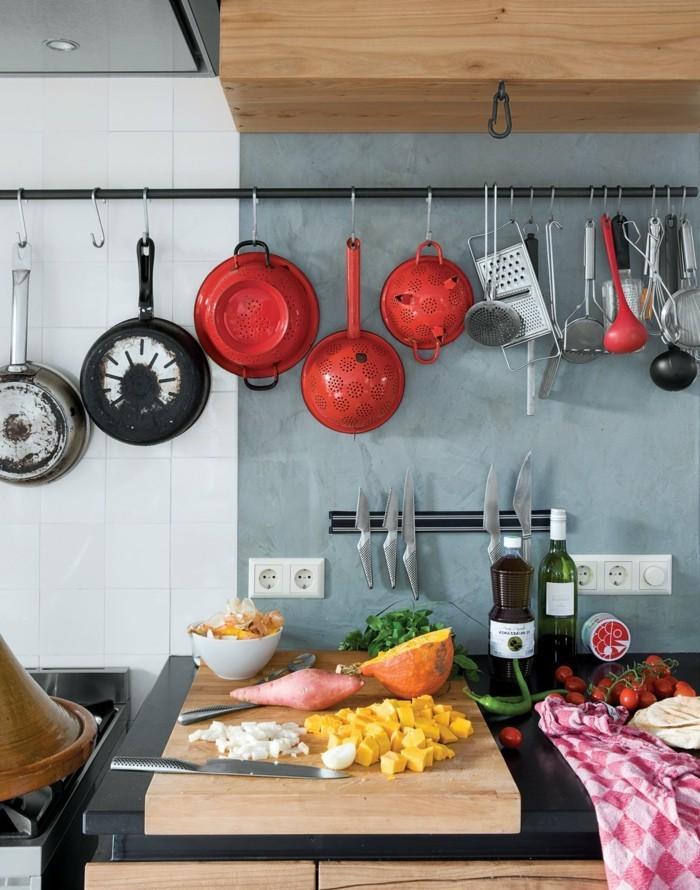 wohnideen küche ausgefallenes wanddesign in zwei farben