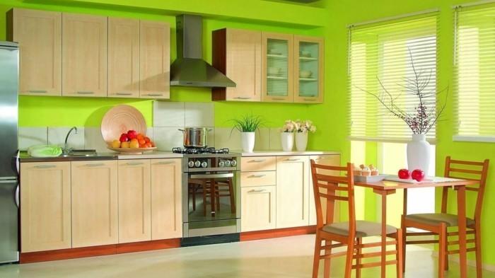 wohnideen küche grüne wände und hellbraune küchenschränke