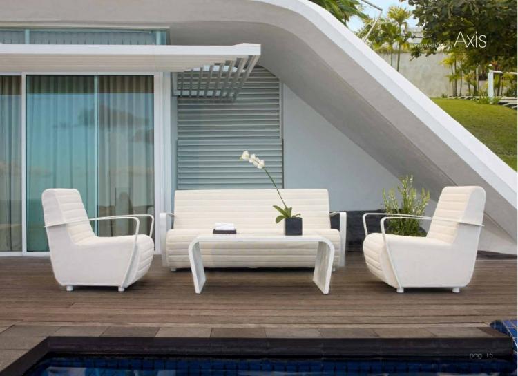 Balkonideen Designer Möbel auf dem Balkon komplett weiß