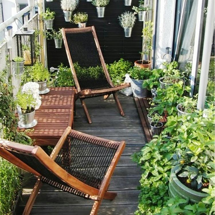 Balkonmöbel für kleinen Blkon kompakte Terrassenmöbel