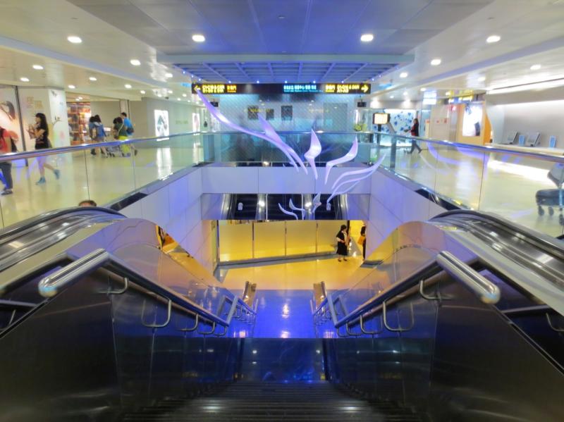 Flughafen Taiwan Taoyuan International Airport Terminal1 innen