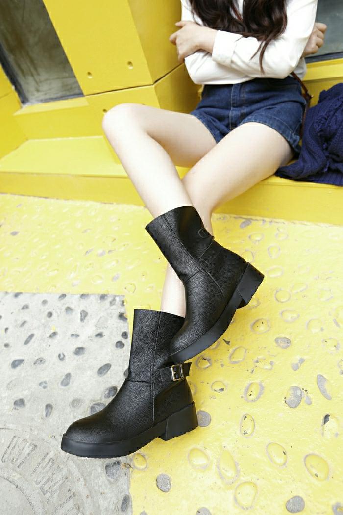 Halbstiefel damen fashion mode drei frauen schwarze schuhe