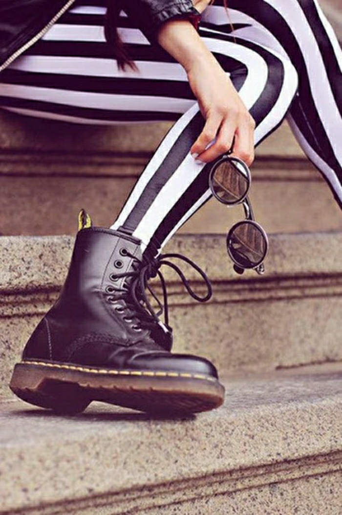 Halbstiefel  damen fashion mode schwarze schuhe grunge punk  winter outfits