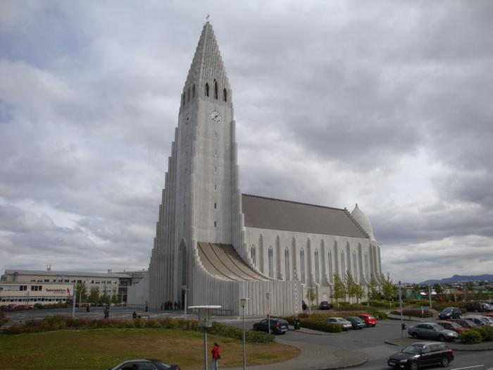 Hallgrímskirkja kirche Hauptstadt Island Reykjavík sehenswürdigkeiten