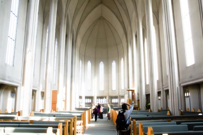 Hallgrímskirkja kirche innen Hauptstadt Island Reykjavík sehenswürdigkeiten