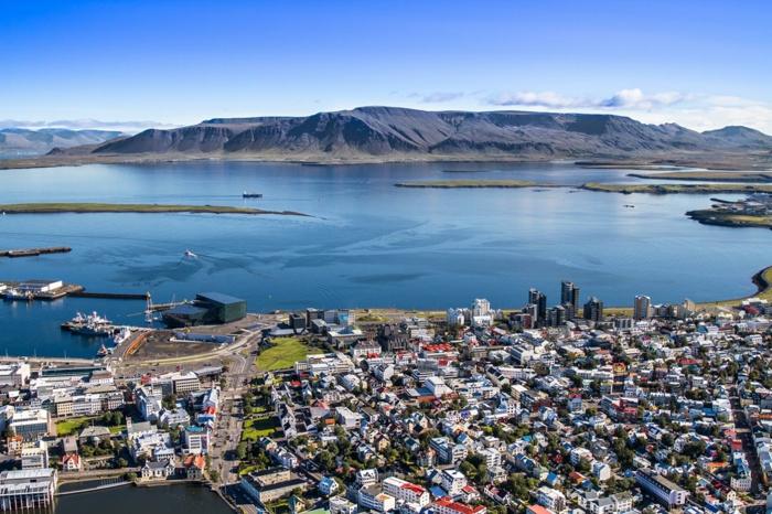Hauptstadt Island Reykjavík sehenswürdigkeiten Faxaflói bucht