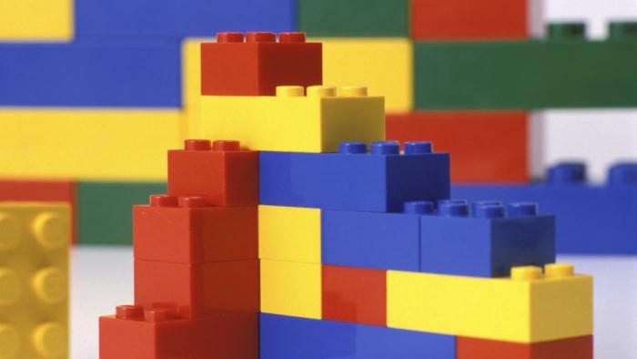 Lego Spiele steine grundfarben