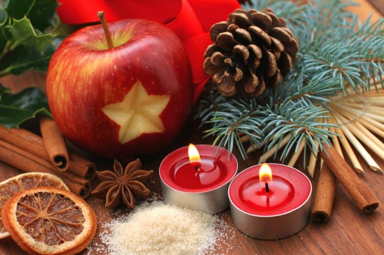 Weihnachtliche Gewürze Nelken Gewürz Zimt Gewürz Apfel Teelichter