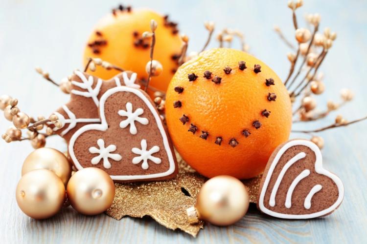 Weihnachtliche Gewürze Nelken Gewürz Zimt Wirkung Orange Plätzchen