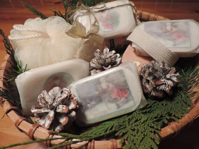 Weihnachtsgeschenke verpacken geschenk verpacken geschenke schön verpacken einfach