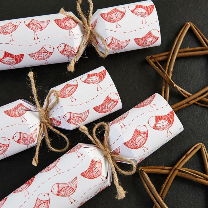 Weihnachtsgeschenke verpacken geschenk verpacken geschenke schön verpacken zum selbst gestalten eingewickelt