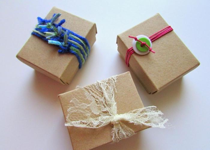 Weihnachtsgeschenke verpacken geschenk verpacken geschenke schön verpacken zum selbst gestalten improvisiert